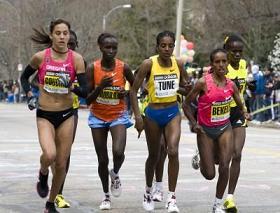 mujeres corriendo y ejercicio