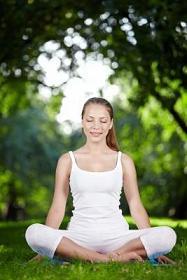 mujer-yoga-pranayama