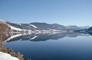 Paisaje con lago y montañas, Suiza