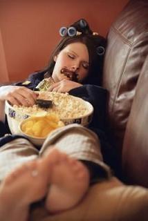 Persona durmiendo despues de comer